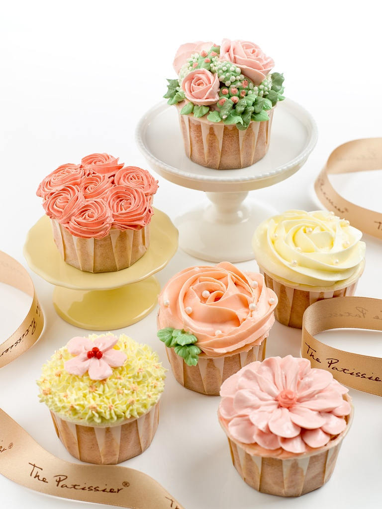 Cupcakes - Buttercream Flowers